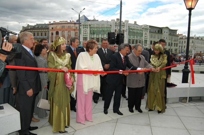 Открытие Петербургской улицы
